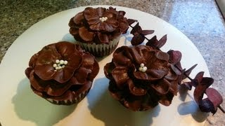 How To Make Chocolate Flower Cupcakes
