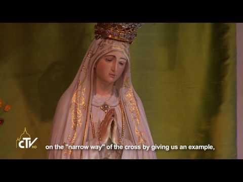 Pope prays for peace in Fatima