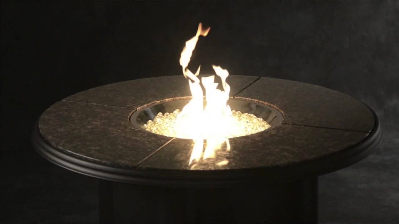 Outdoor Great Room Grand Colonial Fire Pit Table With Gas Burner.
