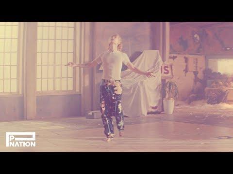 DAWN (던) - 'MONEY' MV (Solo Performance Version)