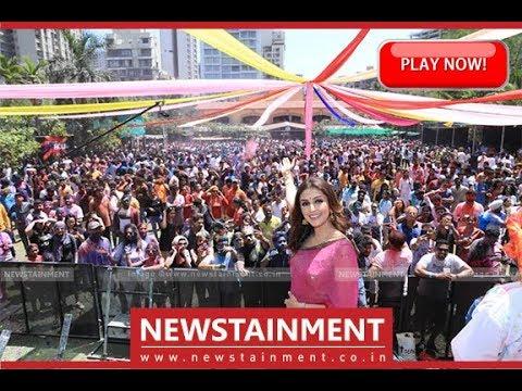 Aarti Chabria Celebrates Holi 2019