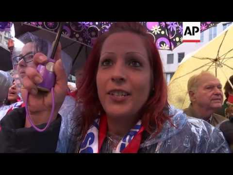 Migrants a hot issue in Austrian election