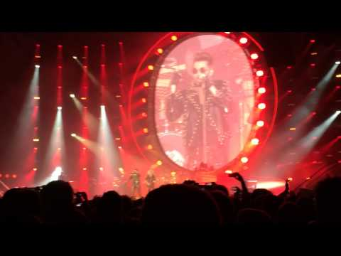 one vision queen adam lambert frankfurt. Black Bedroom Furniture Sets. Home Design Ideas