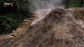 Waldhandwerk wie im Mittelalter - Kohlenmeiler im Stadtwald