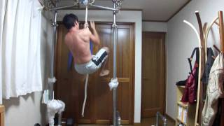 Repeat youtube video 筋トレ ロープ登りと倒立ショルダープレス  rope climb