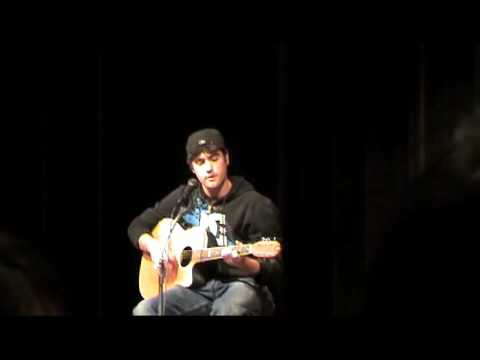 Joe Parm - Neumann Goretti Talent Show 09