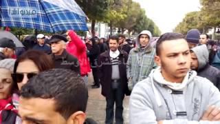 بالفيديو: مظاهرة بشارع الحبيب بورقيبة بتونس تنديدا بالإرهاب وعودة الإرهابيين من بؤر الصراع