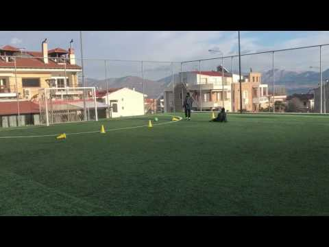 Coerver coaching by Anagnostopoulos with -8