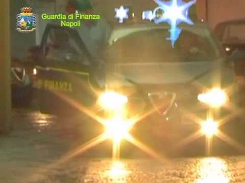 Rifiuti a Napoli, l'operazione della Guardia di Finanza