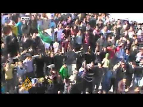 Syria Uprising: Protesters call for Arab League help