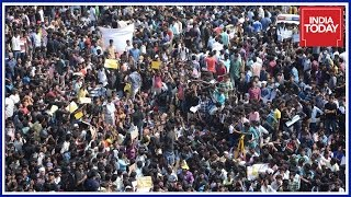Protest Against Jallikattu Ban Continue In Marina Beach For 3rd Day
