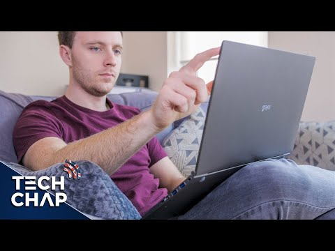 "LG Gram 15 (2018) Review - The Lightest 15"" Laptop Ever! | The Tech Chap"