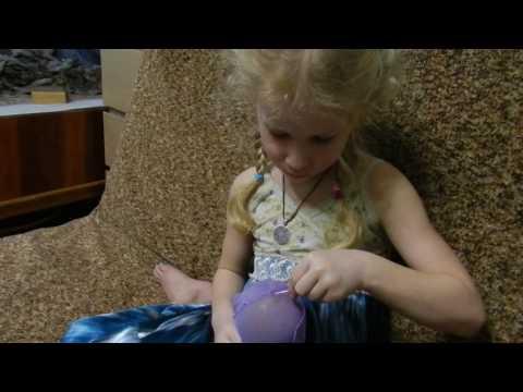 Зашиваем , вышиваем. С какого возраста можно давать ребёнку иглу...