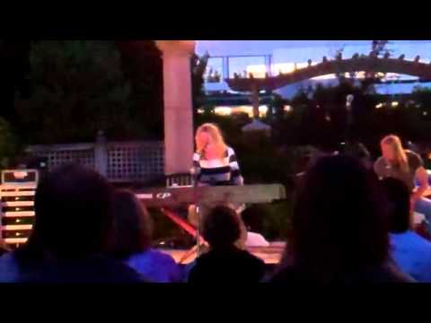 Brooke White - Hold Up My Heart  (Live in Provo)