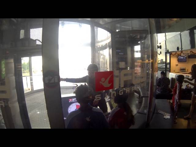 iFly Singapore HD - TheSmartLocal.com Singapore Attractions Episode 3
