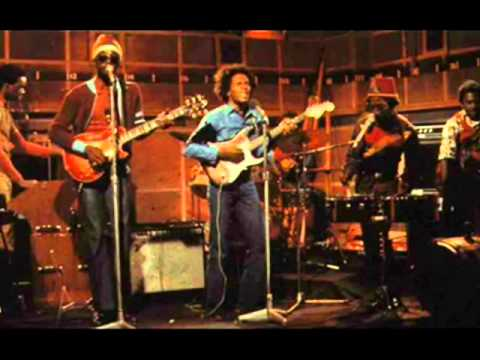 Bob Marley - live - Burnin' and Lootin
