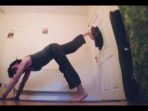 30 Days of Yoga with Orla : Day 3 ✌🏽🙈🤗