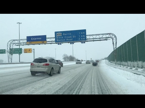 Winter drive from Toronto Hwy 401 to Barrie Hwy 400 | Time - lapse of winter drive