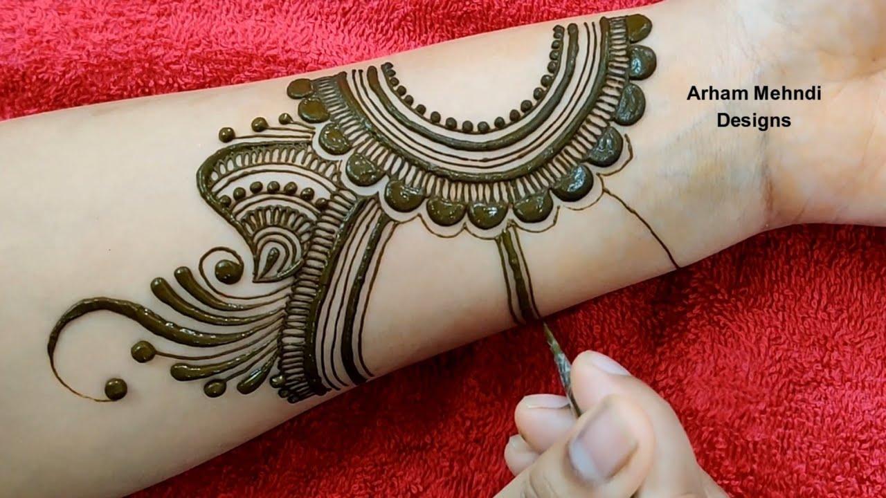 stylish design of mehndi
