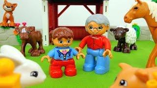 Играем в Лего. Lego duplo - на ферме у дедушки