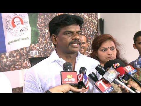 ysrcp-hindupur-mp-candidate-gorantla-madhav-meets-ec-  -'పోలీస్-అధికారుల-తీరు-సిగ్గుచేటు'