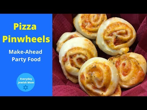 Pizza Pinwheels / Make Ahead Party Food / Easy Appetizers