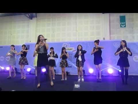 Sendy jkt48 - Wulan Merindu @Musim Panas Handshake Festival