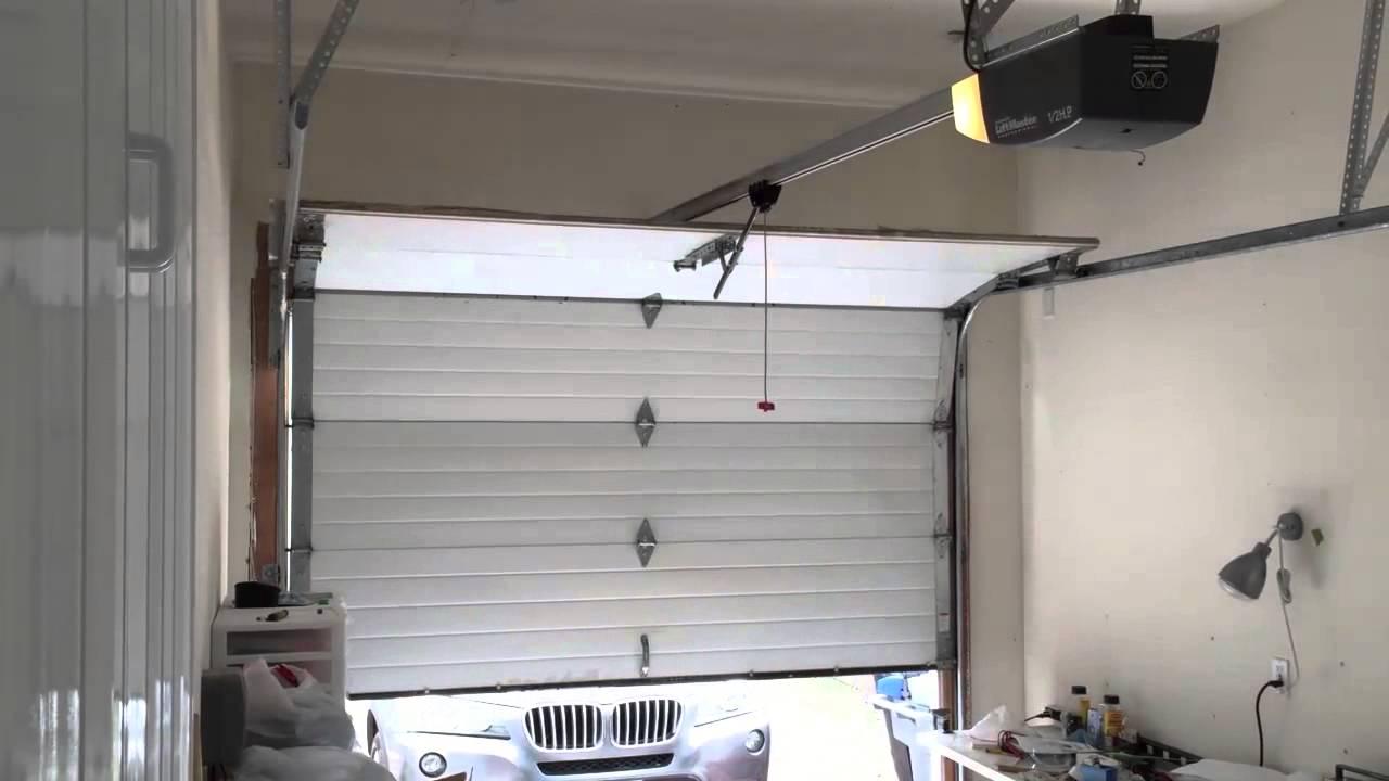 Garage Door Opener - Chamberlain LiftMaster 2000SDR | Doovi