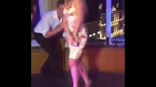 Горячие танцы Алексея Воробьева