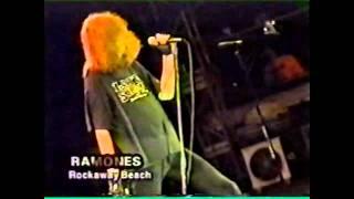 Ramones - Rockaway Beach (Live Argentina 1996)