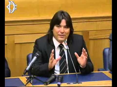 Parlamento italiano. Pier Ferdinando Casini, Regis Iglesias