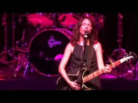 The Bangles -Eternal Flame Live @ The Paramount 8-19-16 Live