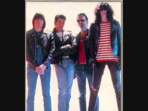 Ramones   The Living Room (Providence, Rhode Island 28 8 1987) Part 49