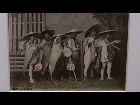 Zartrosa und Lichtblau - Japanische Fotografie der Meiji-Zeit (1868-1912) - (japanese photography)