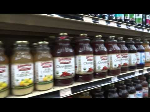 Shopping for Organic and NON GMO food with Moms Across America founder Zen Honeycutt