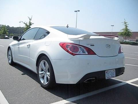 2010 hyundai genesis coupe 3 8 grand touring w track model spoiler youtube. Black Bedroom Furniture Sets. Home Design Ideas