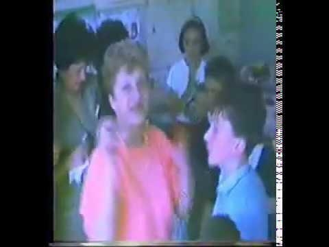 POZZUOLI 1990 I RAGAZZI DELLA 5 ELEMENTARE SEZ A ALLA MAESTRA BELLITTI