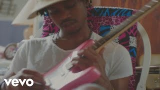 Raury ft. Tom Morello - Friends