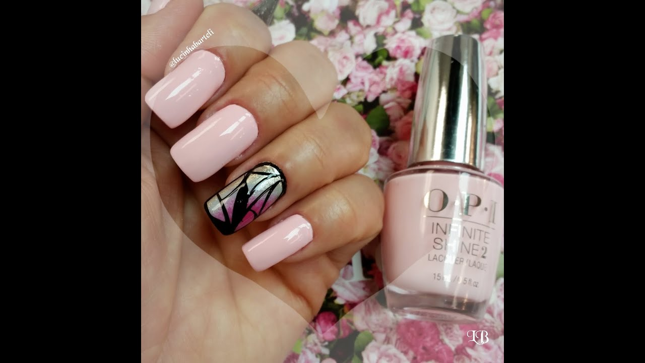 Light Pink Nail Art