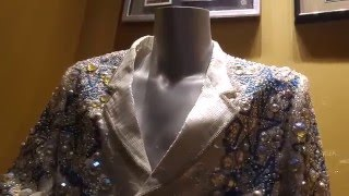 Suit worn by Chris Isaak at Foxwood Casino