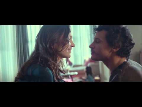 Vodafone - The Kiss