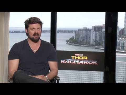 Karl Urban Talks About His Rivalry with Chris Hemsworth