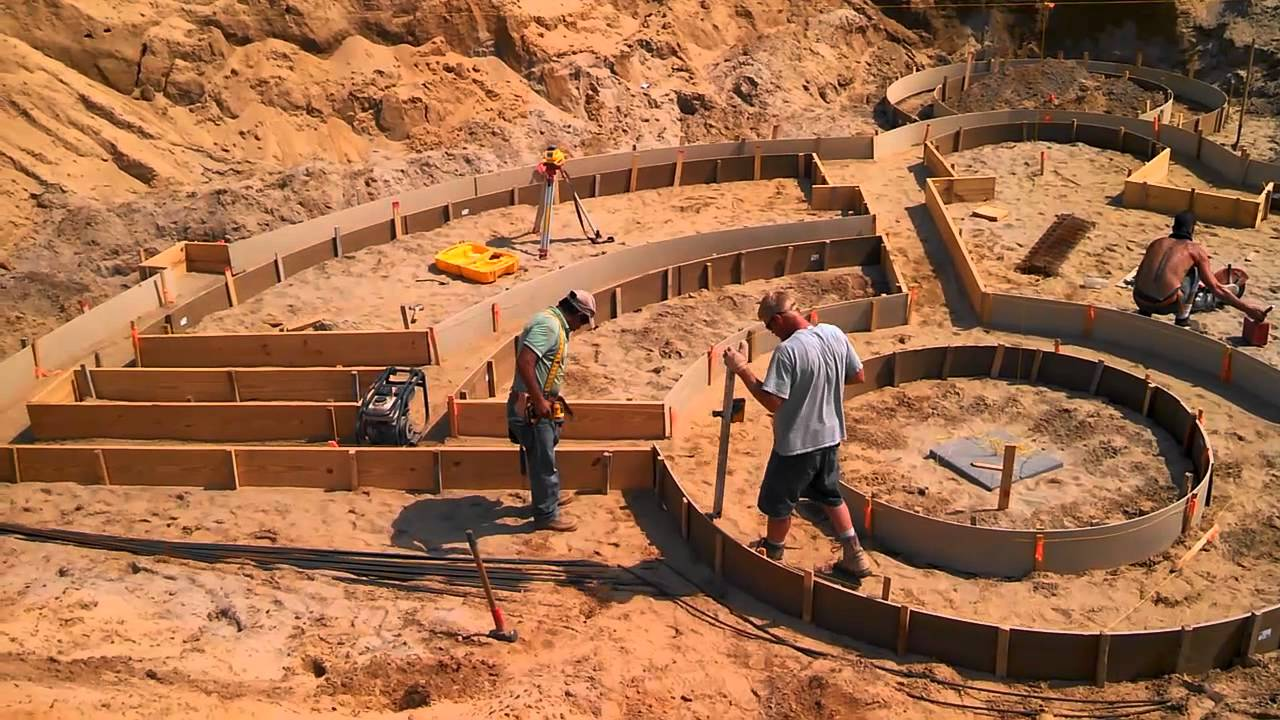 2 2 earth sheltered home footings day 2 youtube for Earth sheltered homes cost