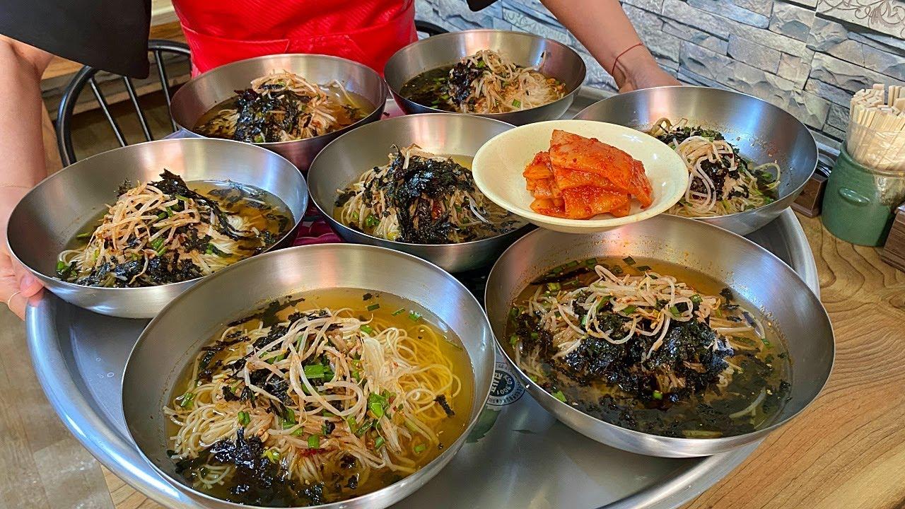 1,000원 국수 실화입니까?! 20년간 가격을 올리지 않은 대혜자 국수집 $0.7 noodle soup / Korean street food