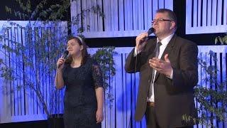 Daniel și Ema Hîrtie - Strigați, cântați