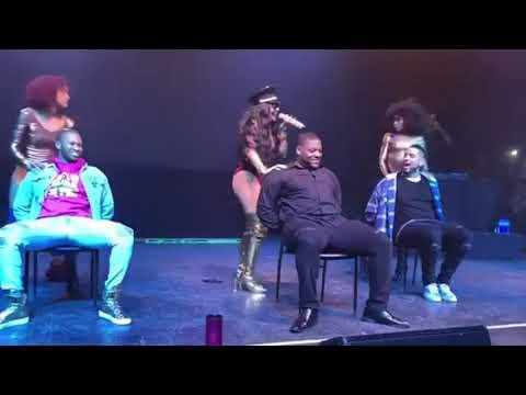 ASHANTI RAKE IT UP LAP DANCE [VIDEO] thumbnail
