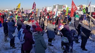 Alberta Public Workers Protest Job Cuts