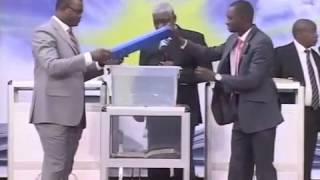 mamadou karambiri - Christ vit en moi