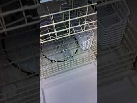 Clean Dishwasher. How to clean it to look like new. Use BLEACH