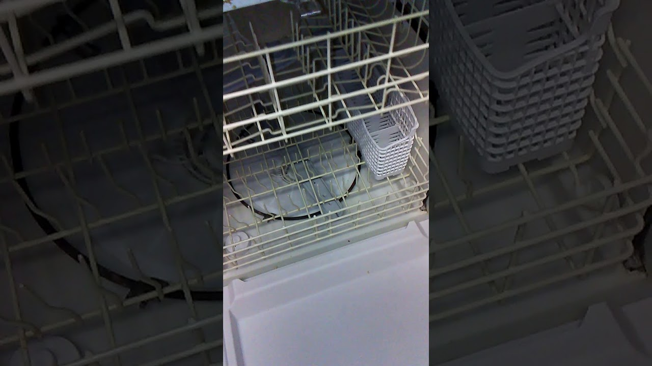 clean dishwasher how to clean it to look like new use bleach youtube. Black Bedroom Furniture Sets. Home Design Ideas